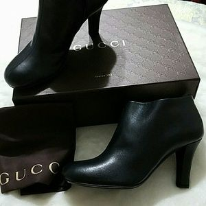 New Gucci Mid heel ankle booties Black
